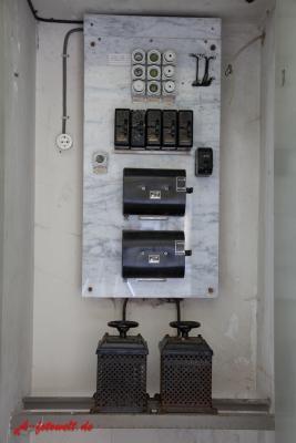 sehr alte Lichtsteuerung Dimmung
